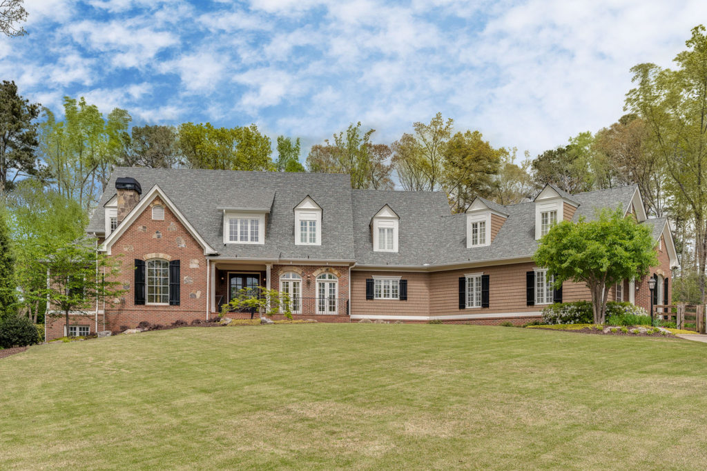 Expansive Milton Estate with Fabulous Amenities (Previously Listed