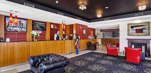 Quality Suites Boulevard on Beaumont