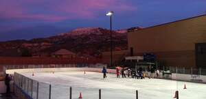 The Glacier Community Ice Rink In Cedar City It