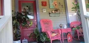 The Geranium House Bed & Breakfast - Tea Room / Bistro & Gift Shop