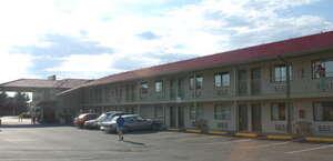 Lakewood Inn