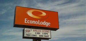 Econo Lodge St. Apollinaire