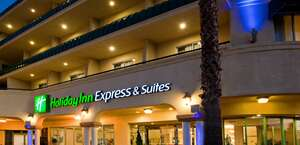 Holiday Inn Express & Suites Pasadena - Los Angeles