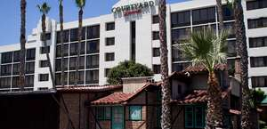 Courtyard Riverside