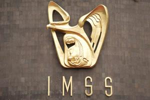 Fachada de un centro del IMSS