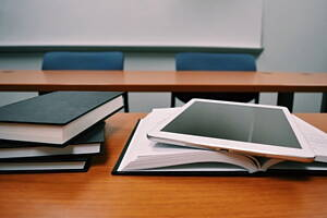material didactico en una academia