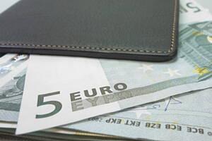 Dinero en bancos y entidades financieras