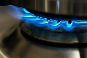 cooking with natural gas provides better control of the temperature