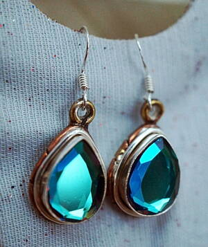 gems earrings