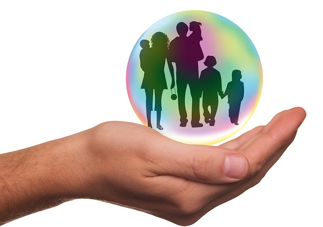 hire an insurance broker to find the best family insurance coverage