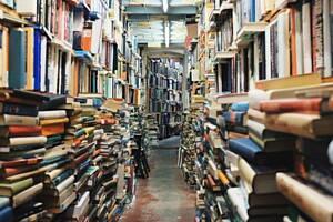 pasillos con libros usados