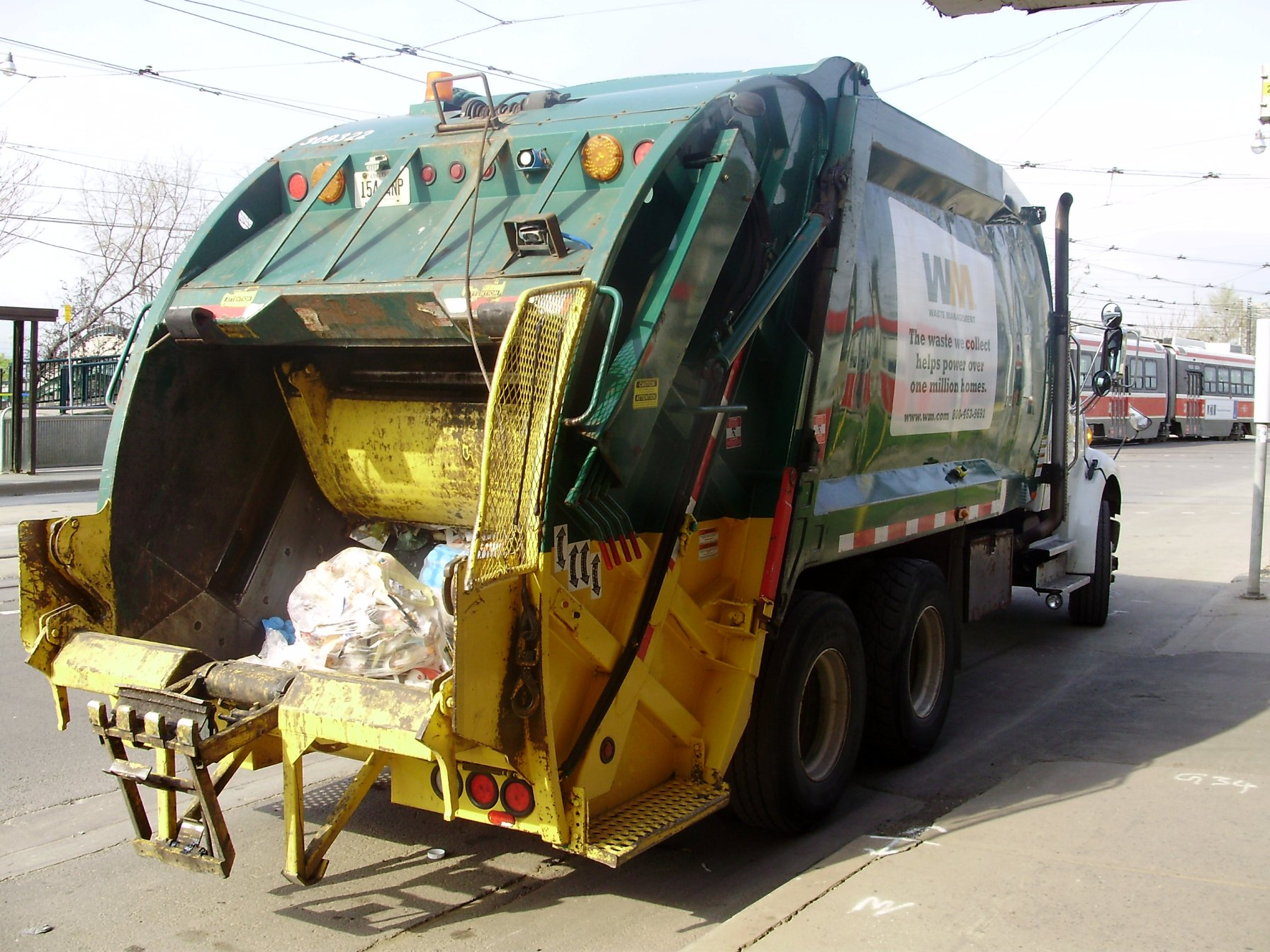 waste management in india takes over trash collection and transportatin