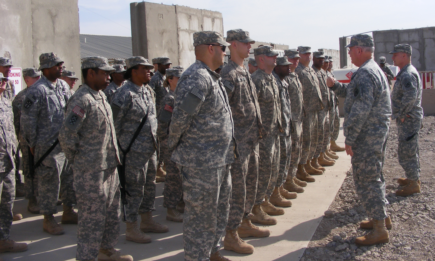 New Alabama State CSM Visits Troops in Iraq