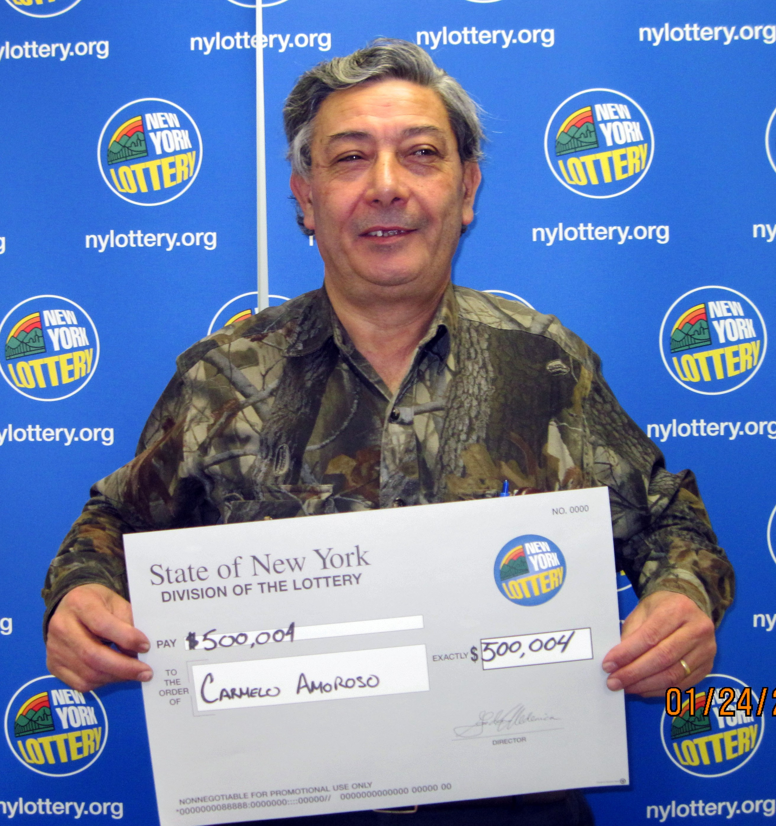 queens postal worker wins  500 000 pick 10 lottery prize