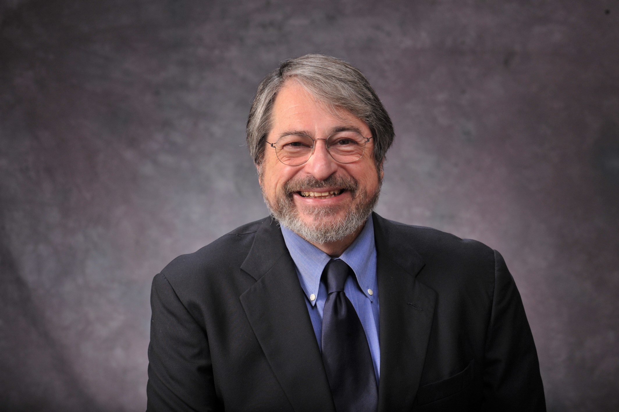 Dr. Alan Kraut to Discuss Immigrant Healthcare on April 14, 11 a.m.