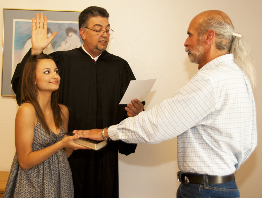 luna martinez griego sworn into office on unm valencia advisory board