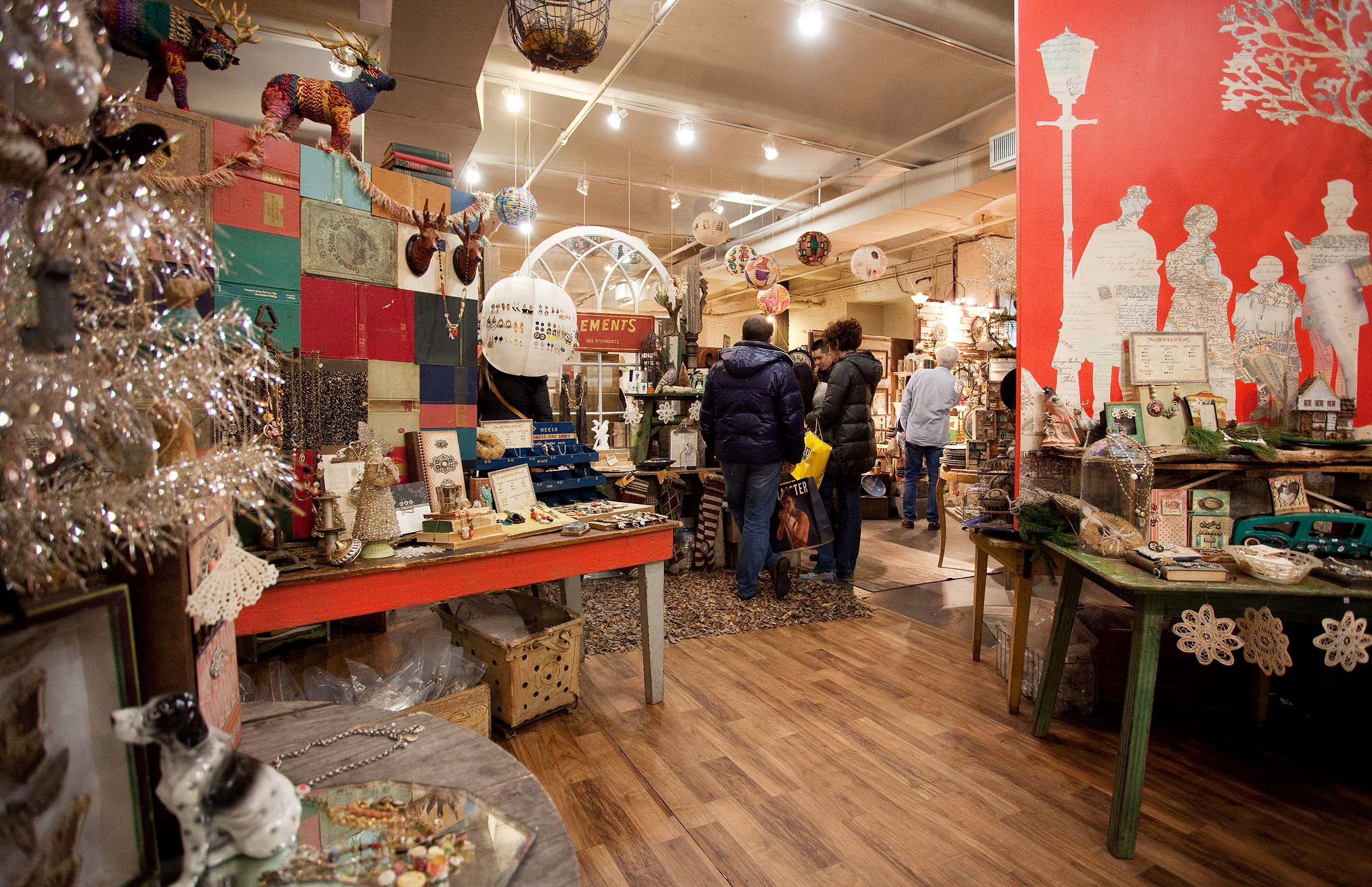 ANNUAL HOLIDAY POP-UP SHOP 'JINGLE' TO OPEN AT CHELSEA MARKET