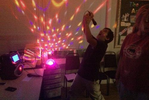 Devin karaoke  minute to win it night october 13