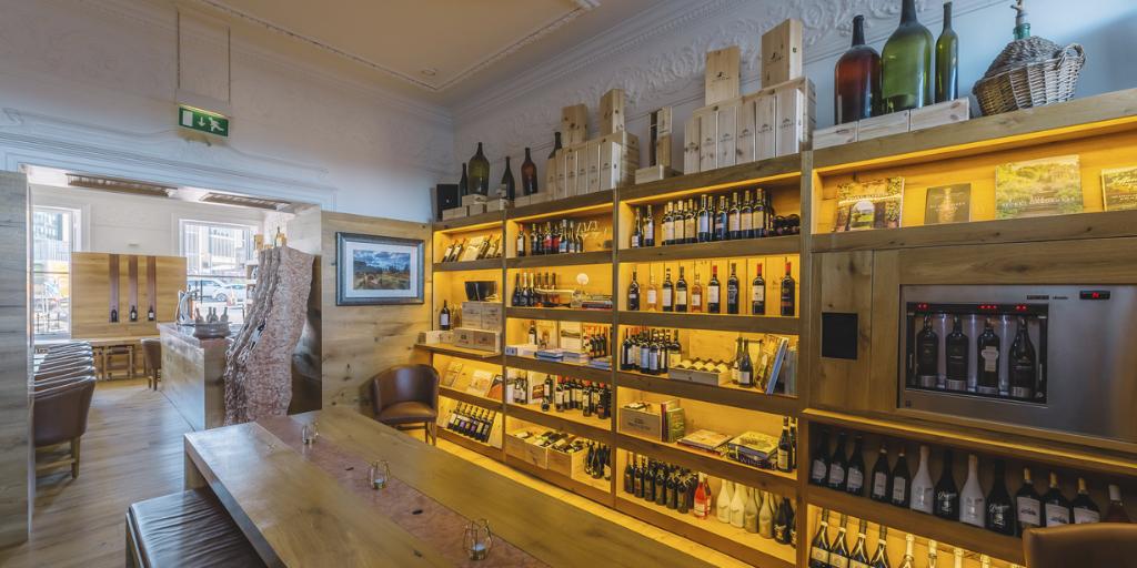 Wine house dimenions canva