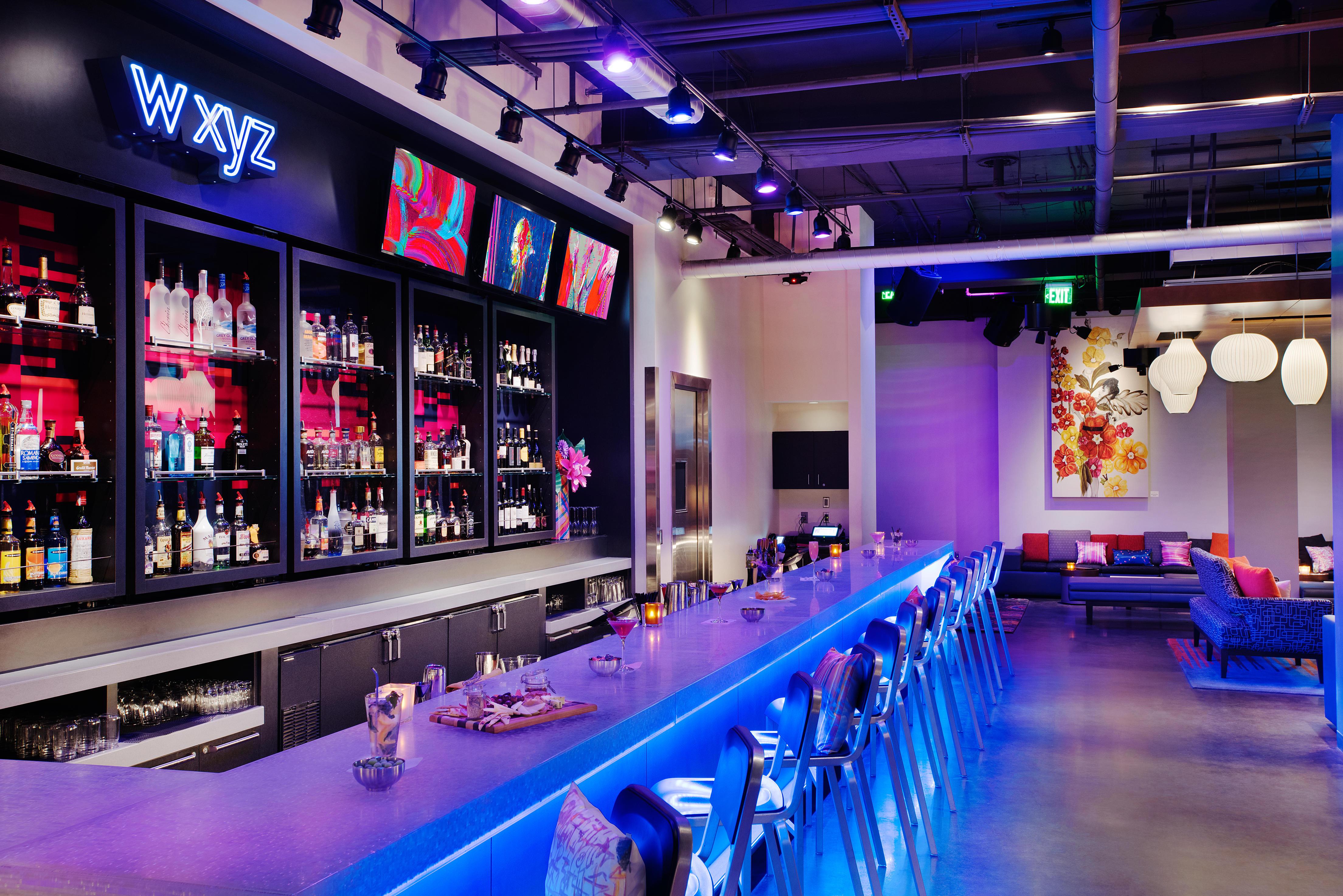 Aloft greenville downtown wxyz bar lounge 1  6a7c28235056a36 6a7c3de8 5056 a36f 23a5e10b5309d379