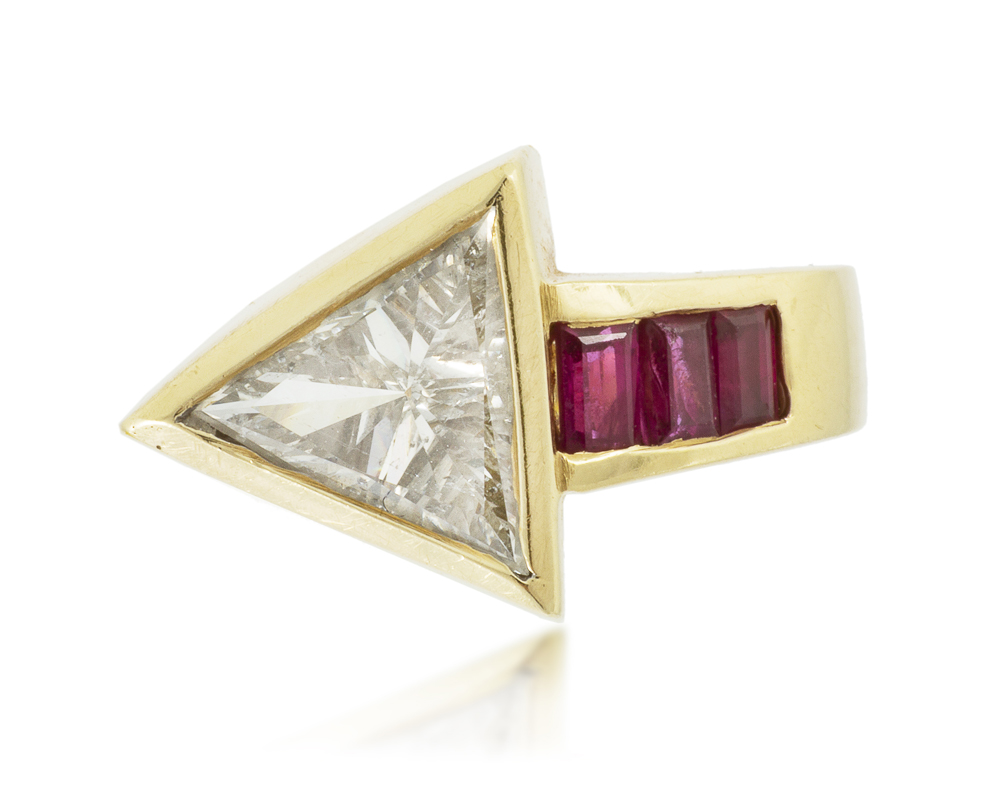 Lot 1036: A Retro diamond and ruby arrow ring Image