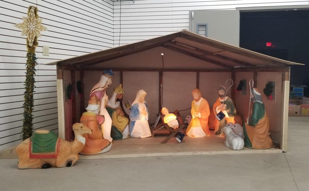 Poloron Large Nativity