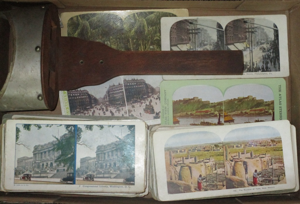 Early Stereo Views And Viewer