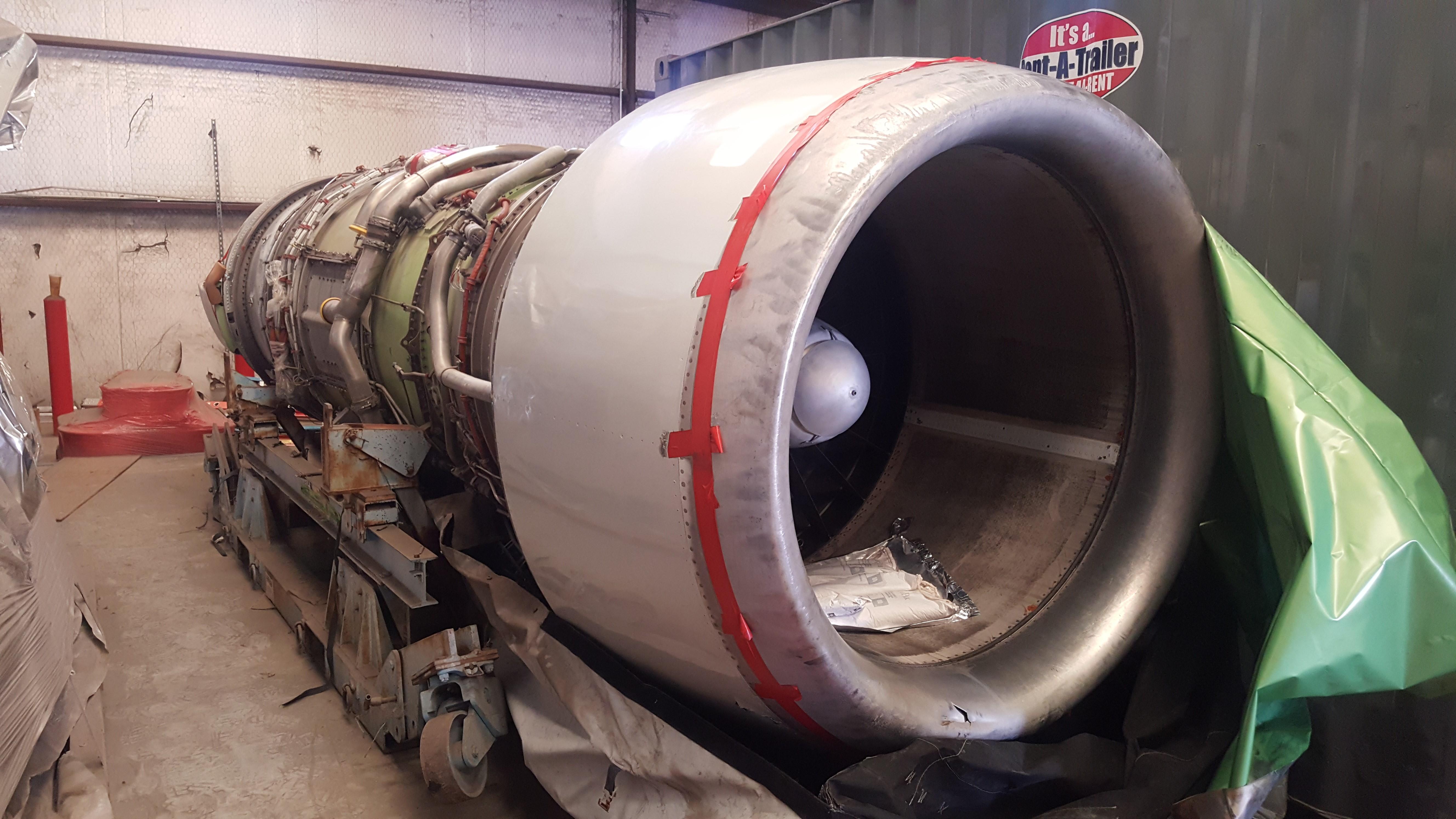 Prat & Whittney MD-82 Jet Engines (1)