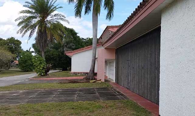 Live Auction: Single Family Home In Delray Beach, FL