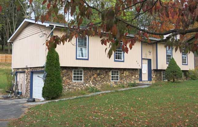 Live Auction: Single Family Home In Kingsport, TN
