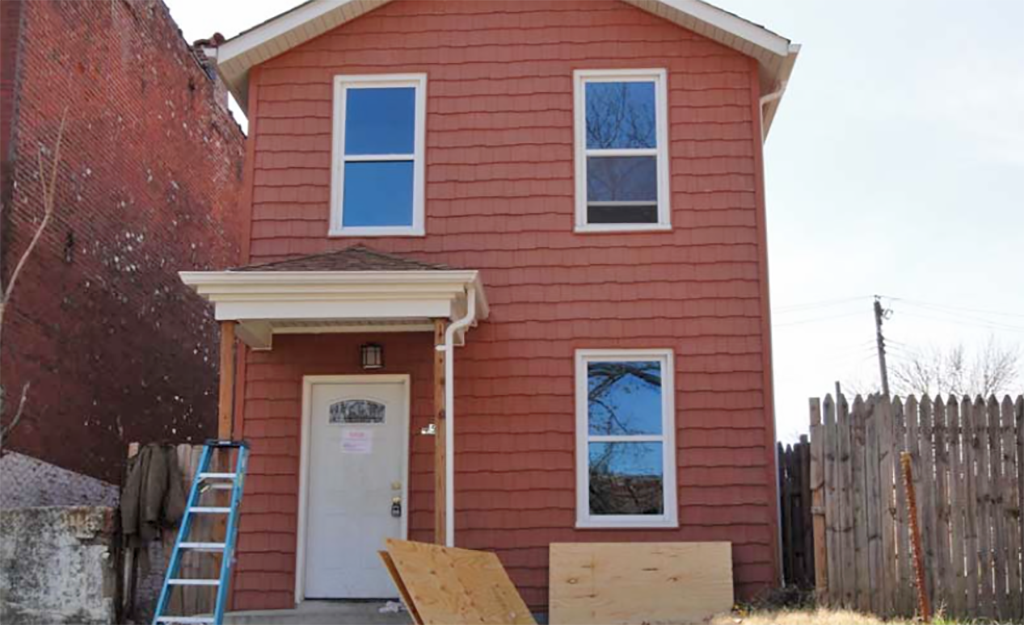 Online Auction: Single Family Home In St. Louis, MO