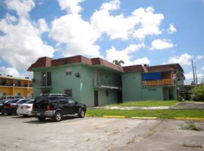 Live Auction: Apartment Bldg In Miami, FL