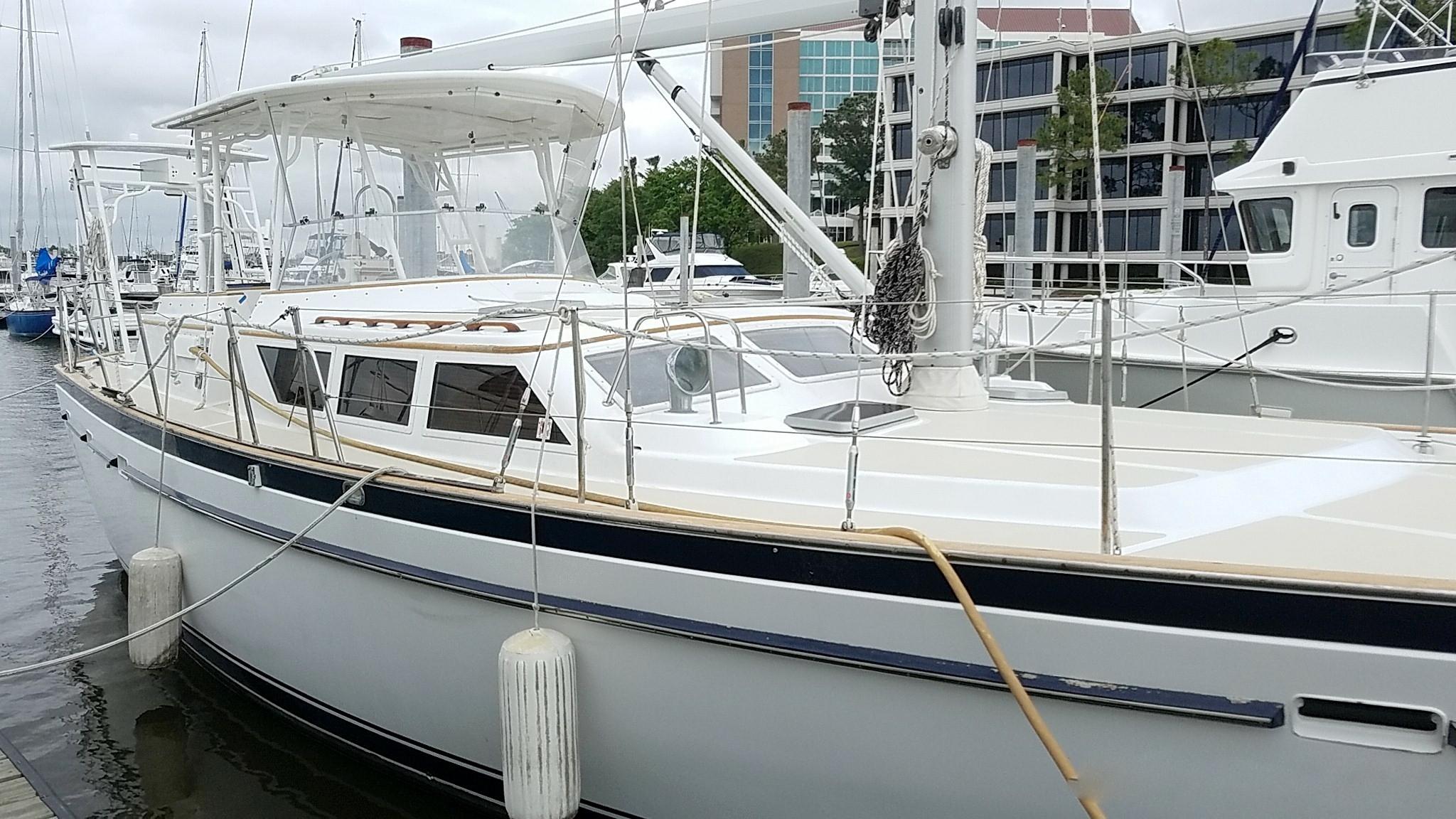 1982 50′ Gulfstar (1)
