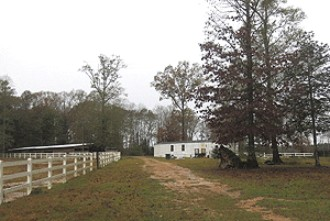 Online Auction: Land With Mobile Home In Ethel, LA