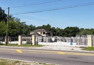 Live Auction: Commercial Building In Plant City, FL