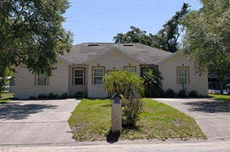 Live Auction: Single Family Duplex In Seffner, FL