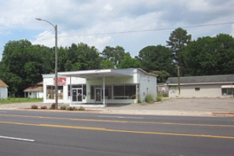 Online Auction: Commercial Buildings In Wallace, NC