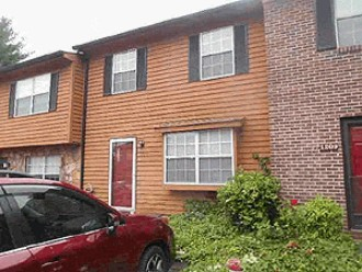 Live Auction: Townhouse (1207 Crest Brook Drive) In Knoxville, TN