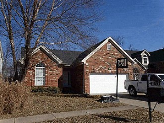 Live Auction: Single Family Home (3513 Coventry Tee Court) In Louisville, KY