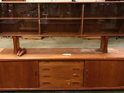9-Furniture-&-Accessories