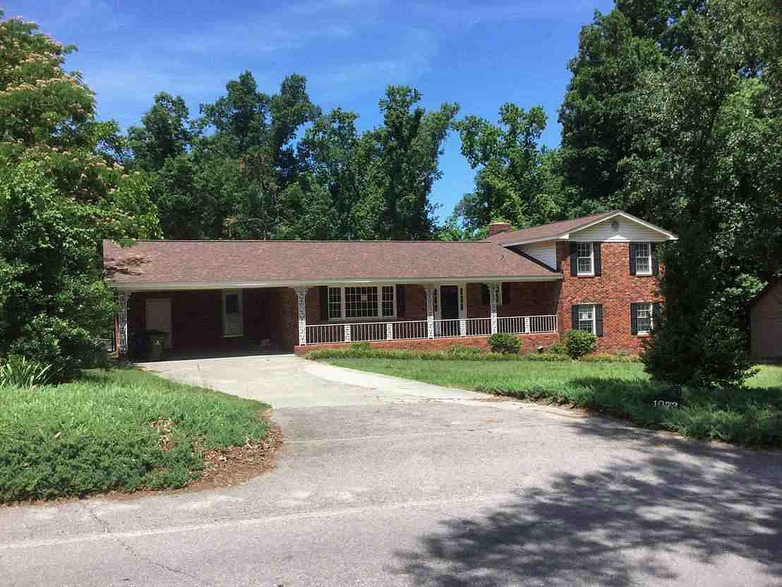 Live Auction: Single Family Home (1073 Hummingbird Drive) In West Columbia, SC