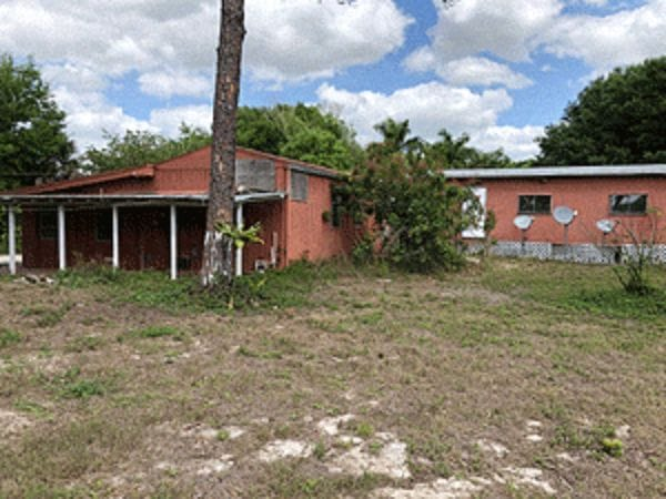 Online Auction: Single Family Home (4275 Price Road) In Clewiston, FL