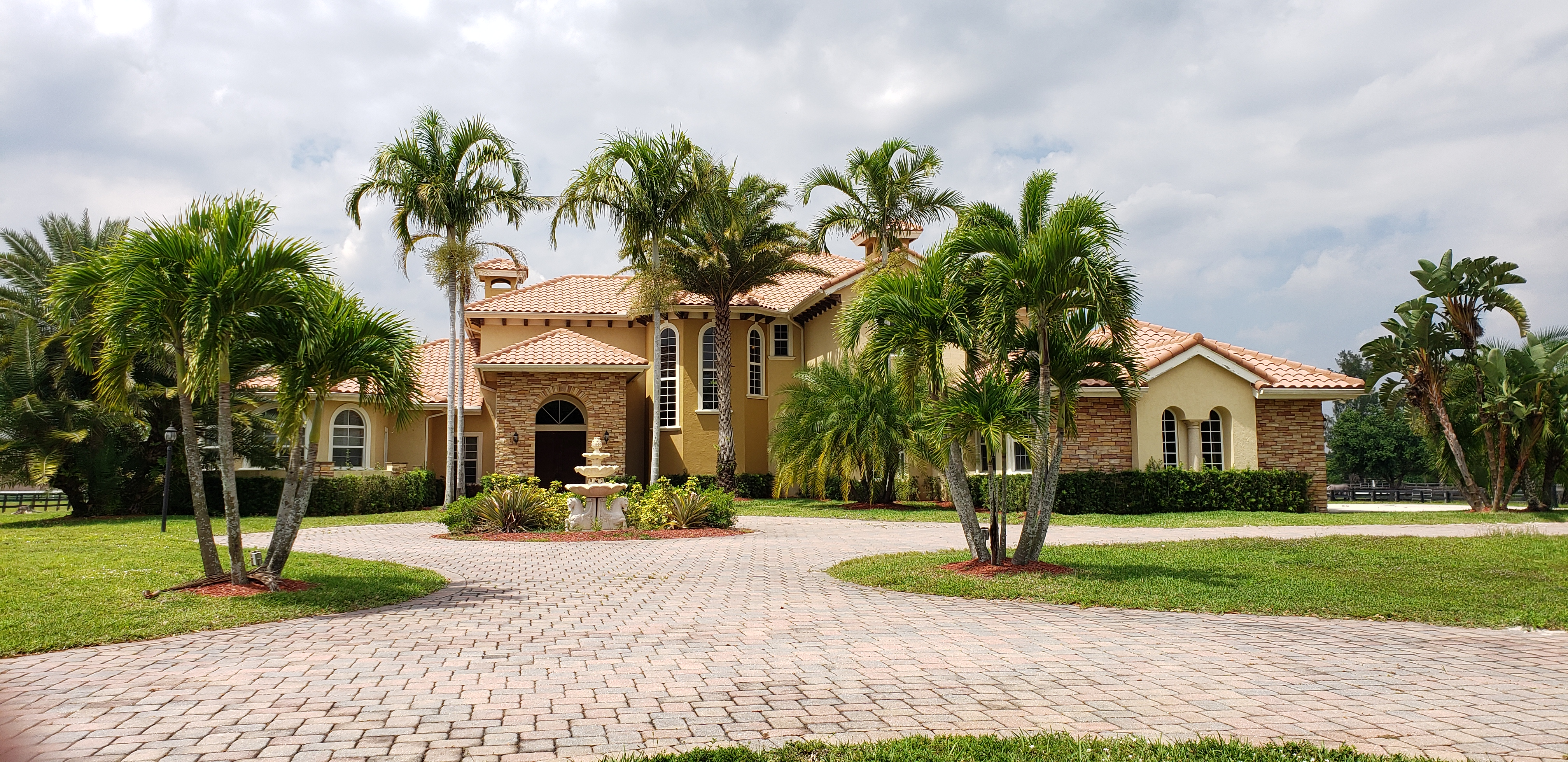 Live Auction: Single Family Home (15159 Sunnyland Lane) In Wellington, FL