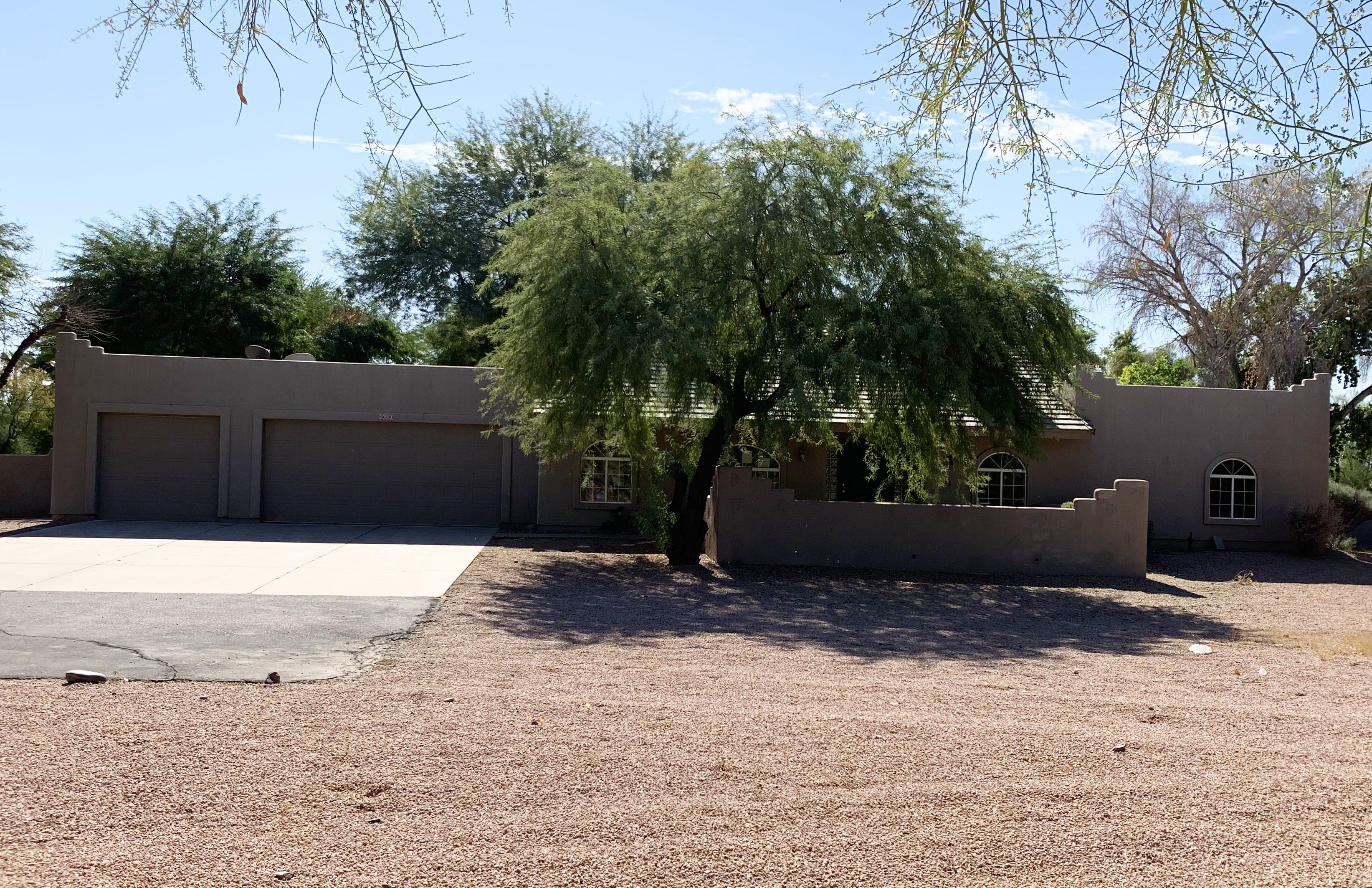 Live Auction: Single Family Home (8600 S. 52nd Drive) In Laveen, Arizona