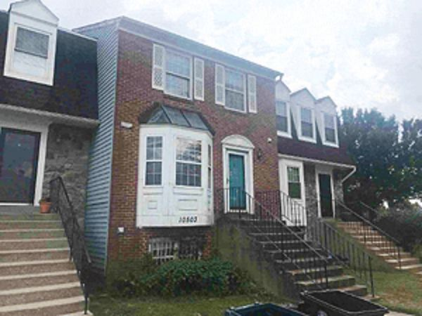 Online Auction: Townhouse (10503 Campus Way South) In Upper Marlboro, Maryland