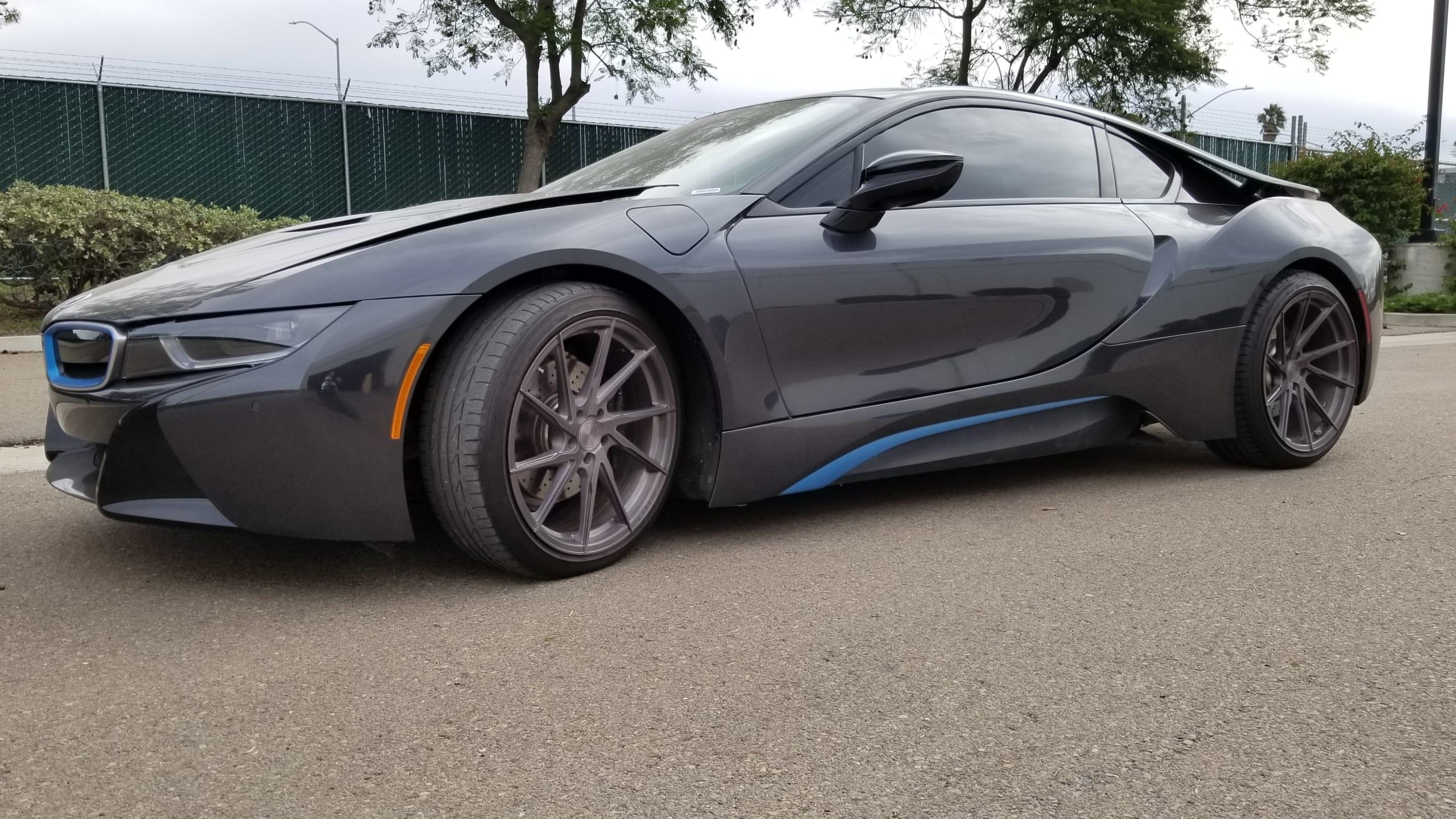 2015 BMW I8 (1.5)