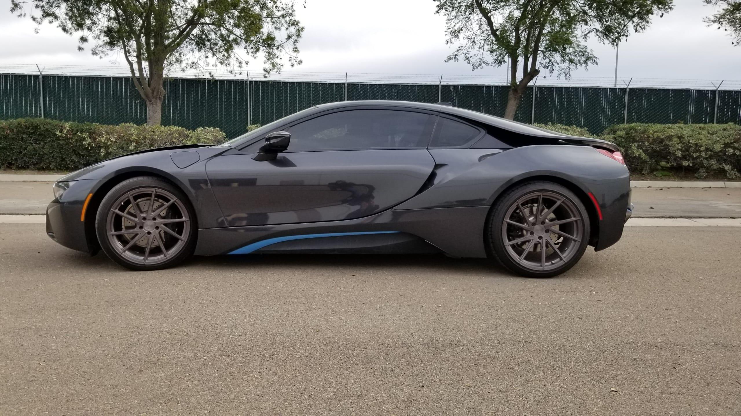 2015 BMW I8 (5.5) (2)
