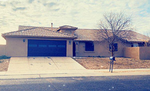 Live Auction: Single Family Home (2003 W. Corte Rancho Paraiso) In Tucson, Arizona