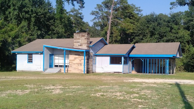 Online Auction: Single Family Home 1404 North Highway 190, Covington, Louisiana 70433