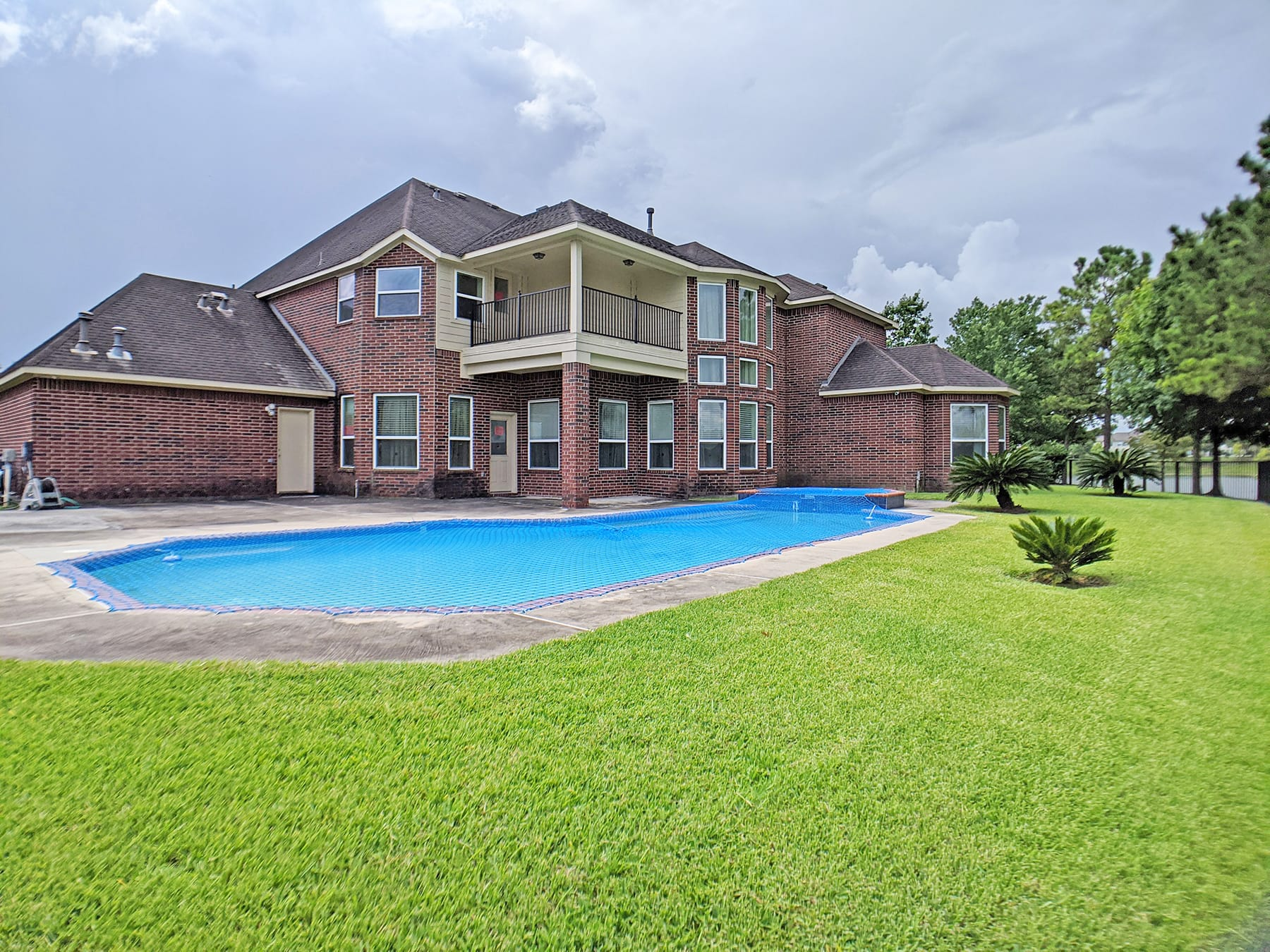 Pearland_Rear